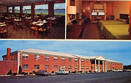 Lord Wakefield Hotel - Wakefield, MA