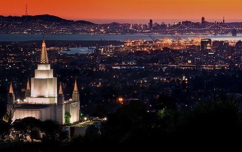 Oakland Temple at Sunset