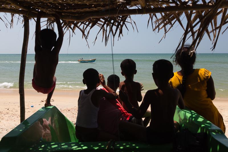 Boat race amongst fishermen, Mannar
