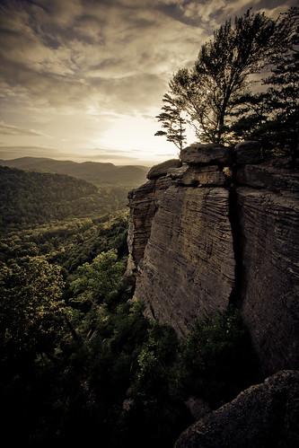 trees sky cliff mountain tree topc25 topv111 topv2222 clouds landscape topf50 topv555 topv333 topf75 kentucky topv1111 topv999 100v10f topv777 1000v100f topv3333 topf100 1022mm top25 berea naturesfinest 50f500v indianformountain