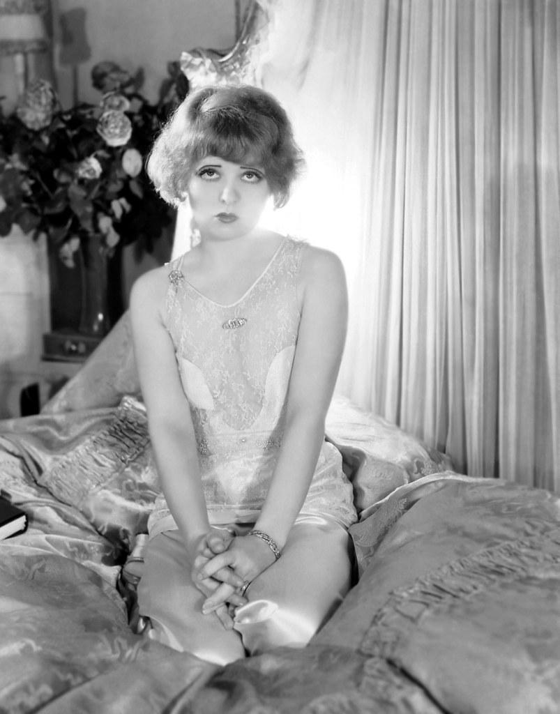 Clara Bow Nude Photos 2
