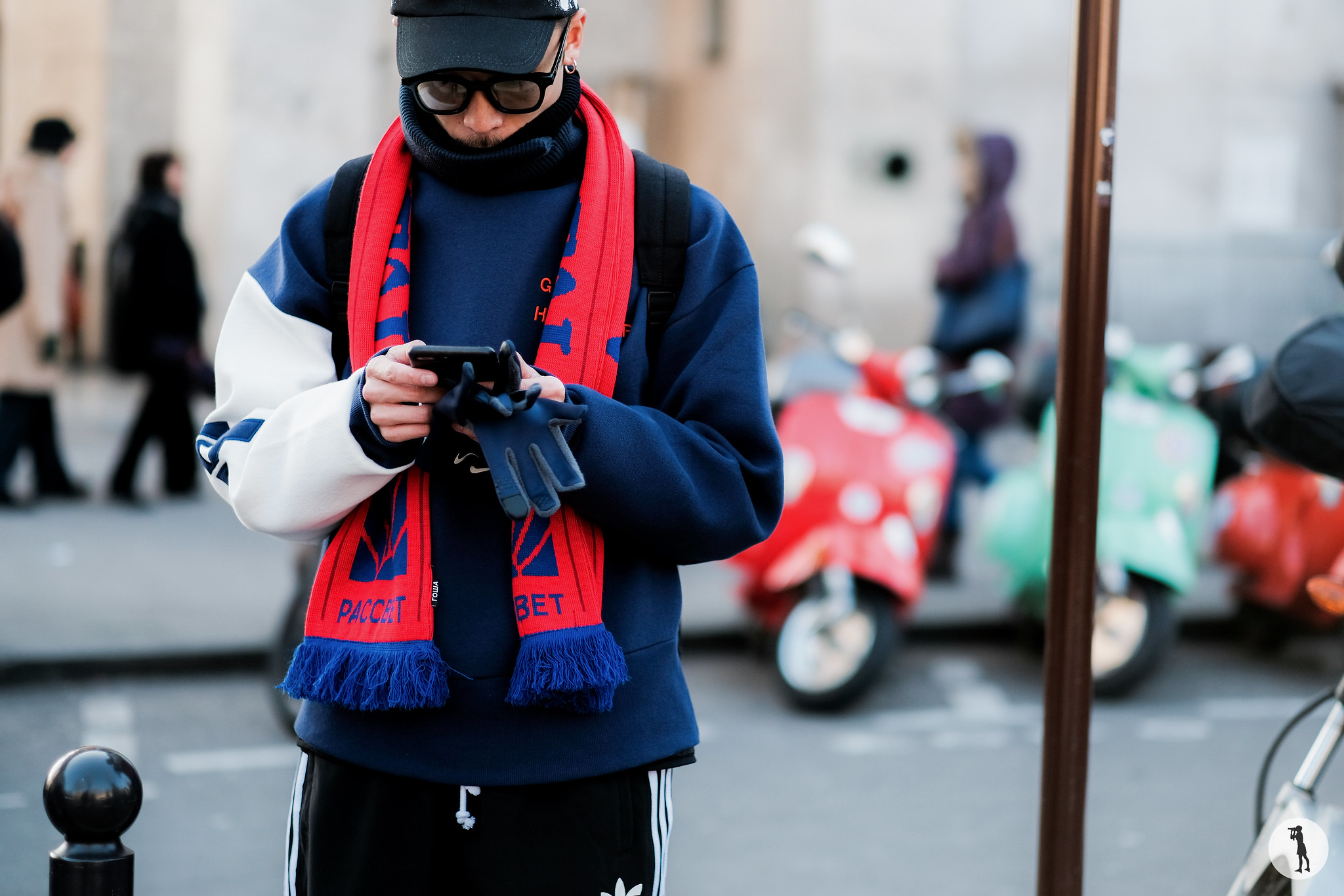 Street style - Paris Fashion Week Menswear FW17-18 (14)