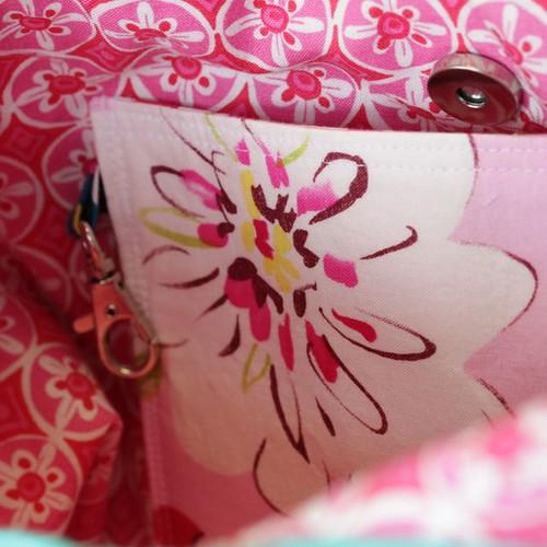Runaround bag: lobster clasp/trigger clip