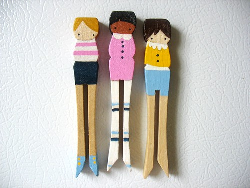 handmade folk art chick magnets ... summer fashion girls :)