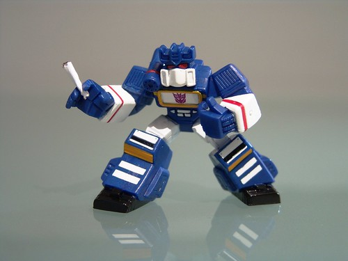"Robot Heroes: Soundwave... ""Smokin'...'"""