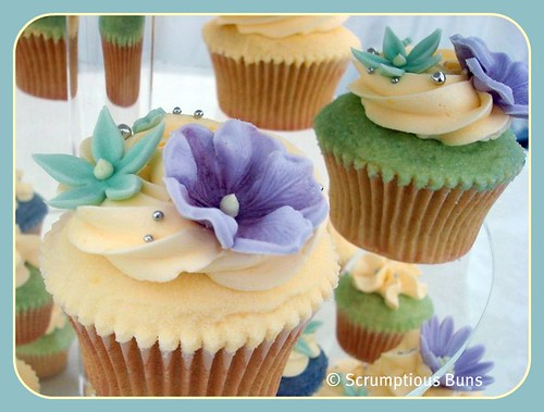 Wedding Cupcakes by Scrumptious Buns (Samantha)