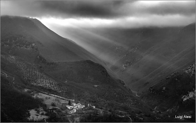 Valle della Scurosa - Sefro (MC)
