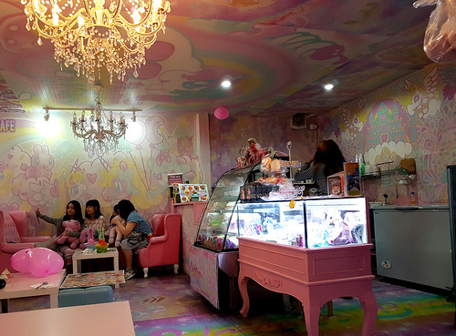 unicorns cafe