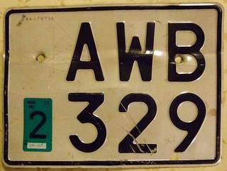 SWEDEN 1975 ---LICENSE PLATE