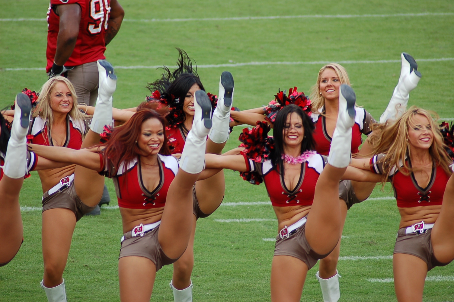 Tampa Bay cheerleaders1504