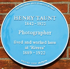 Photo of Henry Taunt blue plaque