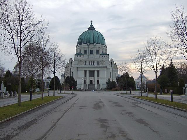 Visiting Zentralfriedhof - Central Cemetery Vienna