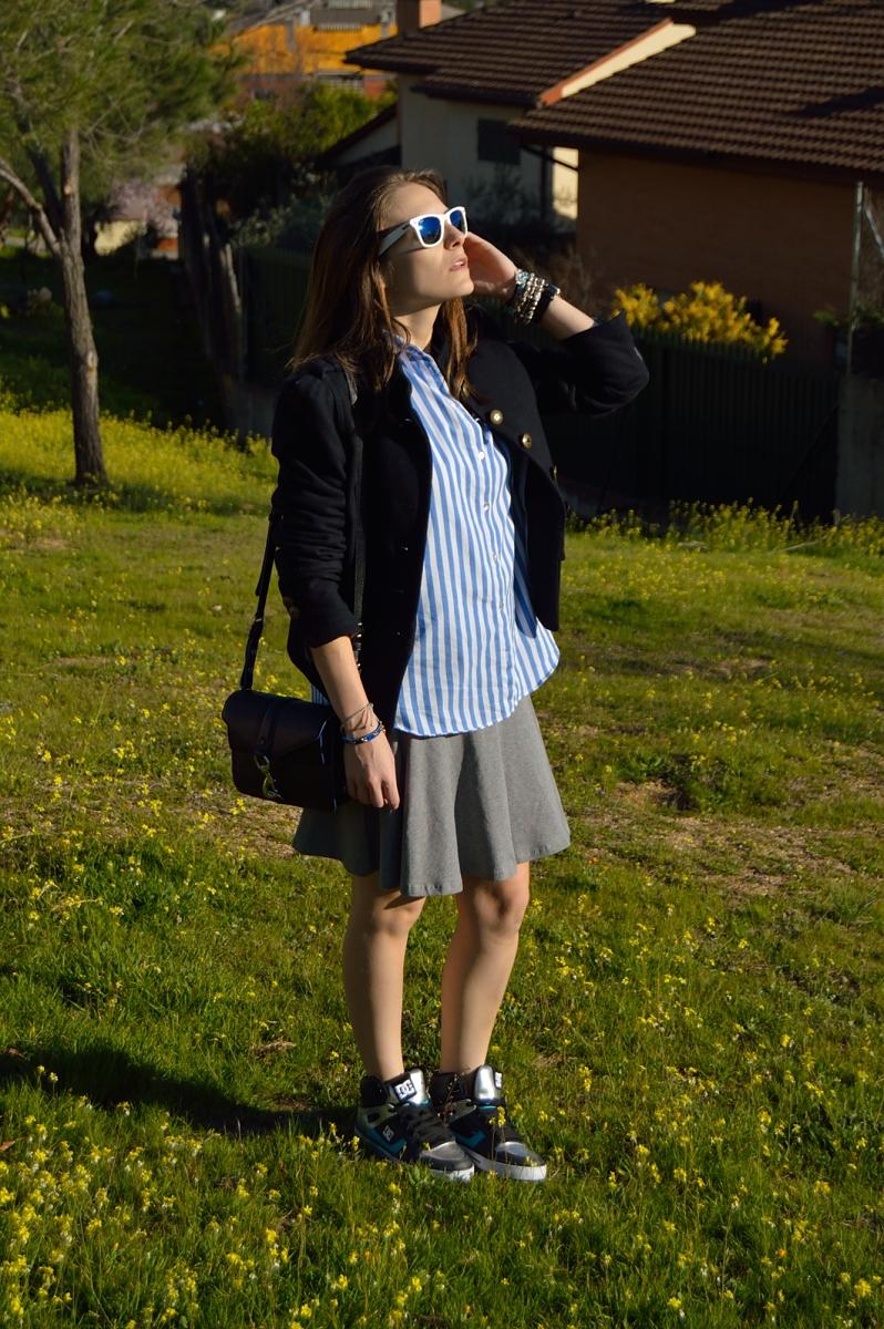 lara-vazquez-madlula-blog-streetstyle-blue-shirt-look