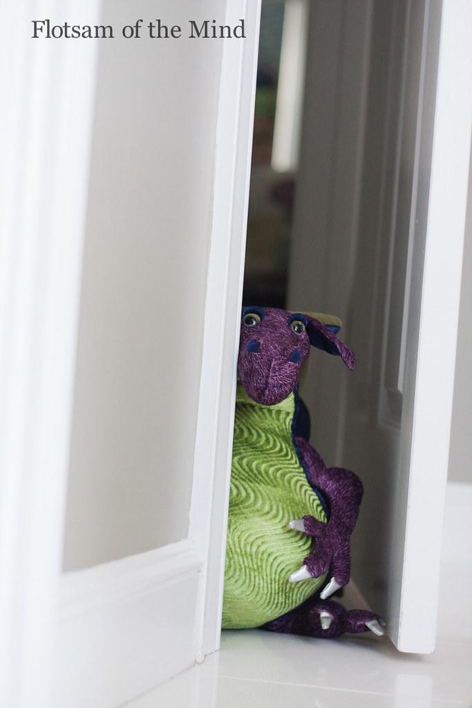 Peeking Dragon - Flotsam of the Mind