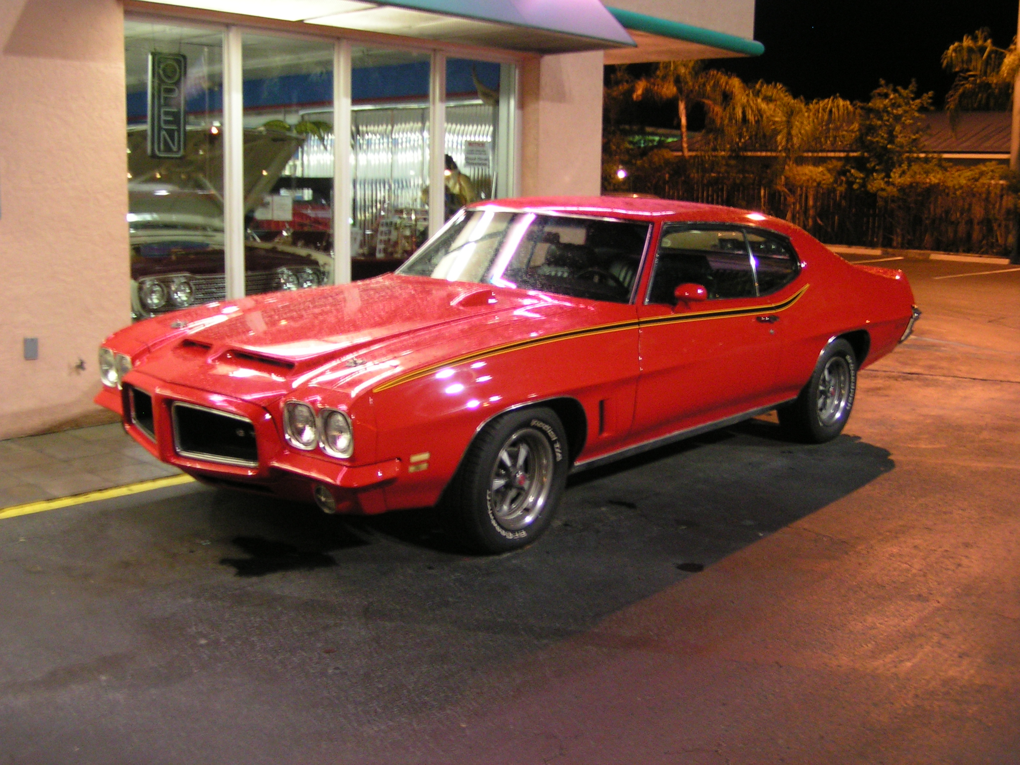 Classic Car Dealership In Az