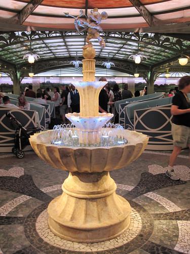 Cupid Mickey Fountain
