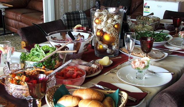 Table set for Christmas lunch | Flickr - Photo Sharing!