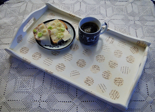 White decopage tray