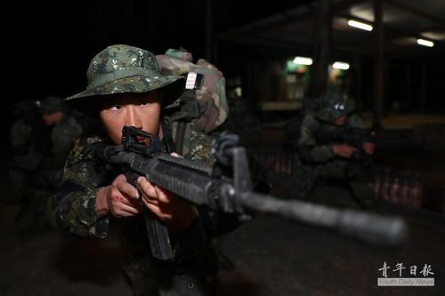 「陸軍兩棲偵察營141期儲訓隊」硬漢週