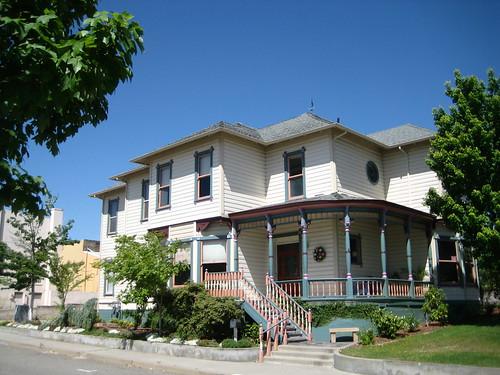 california house victorian residence pinestreet redbluff cafechocolate gingerbreadvictorian