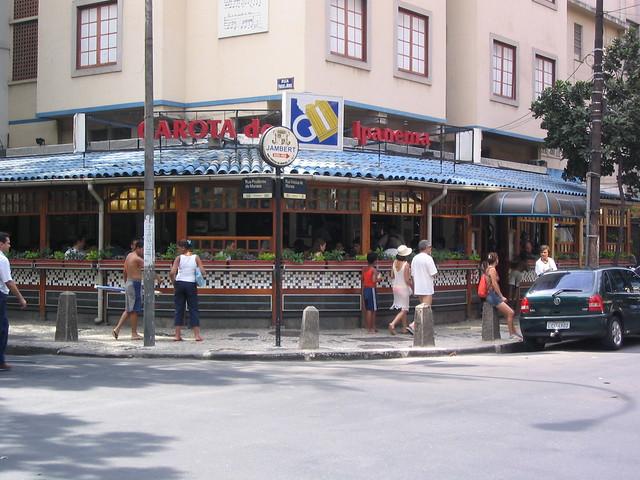 Leblon Restaurant  Rue Du G Ef Bf Bdn Ef Bf Bdral Renault  Paris