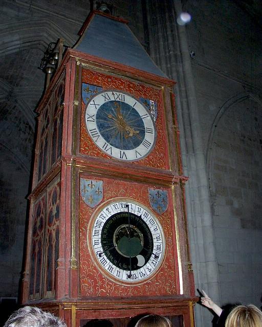 cathedrale de bourges : horloge astronomique