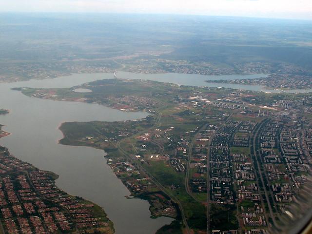Lago Paranoá e região norte de Brasíli