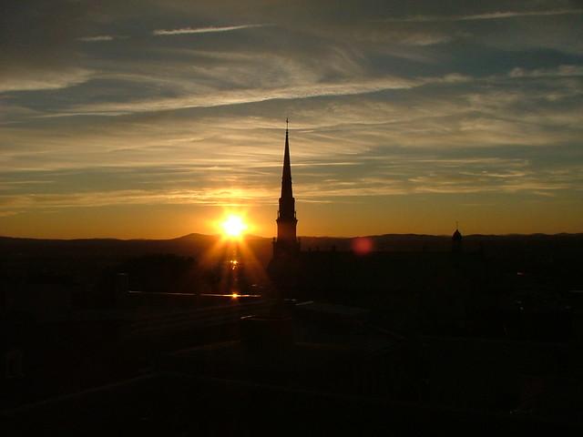 Coucher de soleil sur le clocher I