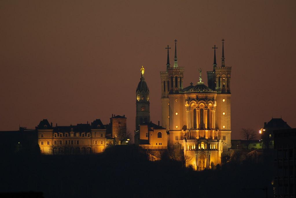 Fourvière by Jean-Raphaël Guillaumin, on Flickr. Fuente