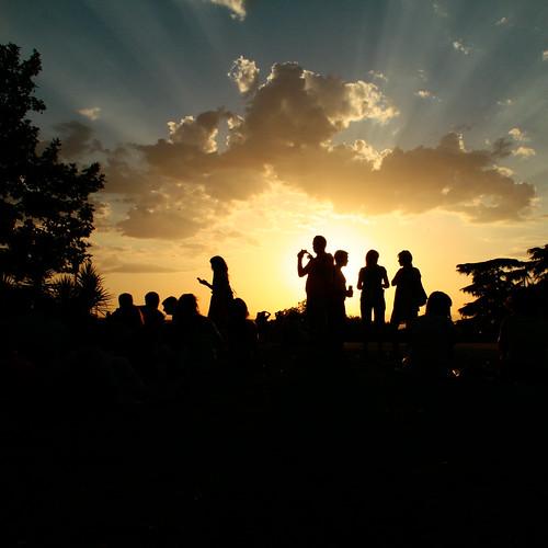 sunset summer sky people sun clouds contraluz atardecer photography photo foto photographie gente image dusk images ciel photograph cielo nubes verano siluetas carioca zico gettyimages imagery silhuette sooc zicocarioca
