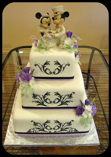 Cake Decorating Store In Mesa Az : Tyricka s blog: Petal 39s Edge Floral Design This mod ...