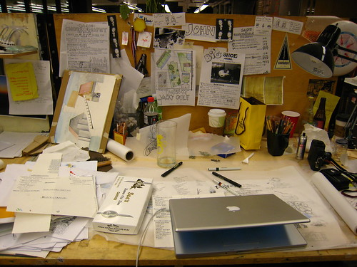 Desk Experiment 003