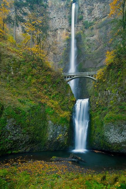 Multnomah Falls - Fall 2007