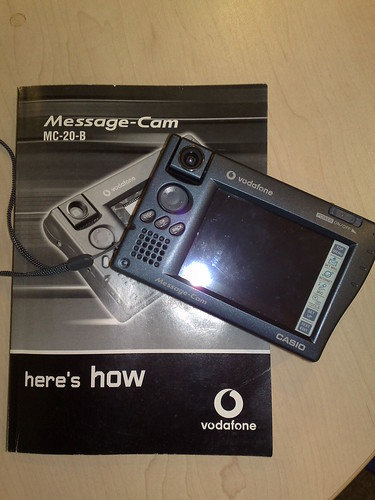Vodafone Message-Cam MC-20-B manufactured by Casio
