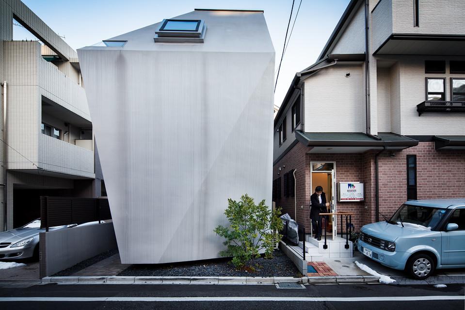 住宅密度大於高度,東京建築「怪宅」林立9
