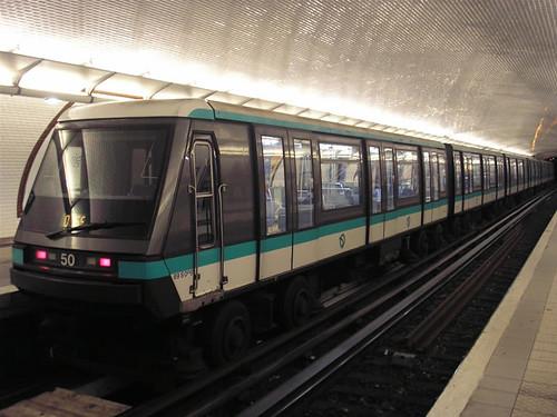MP 89 garé à Porte Maillot (13 décembre 2007)