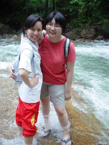 Chiling Falls, Selangor - 07 - Suanie with Fireangel