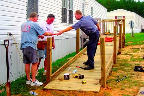 Handyman Project 9-5-06 0081.jpg