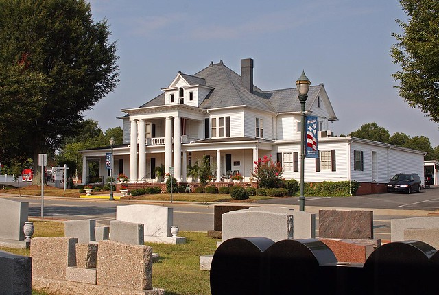 Mcewen Funeral Home Monroe Nc This Currently Used Funeral Flickr