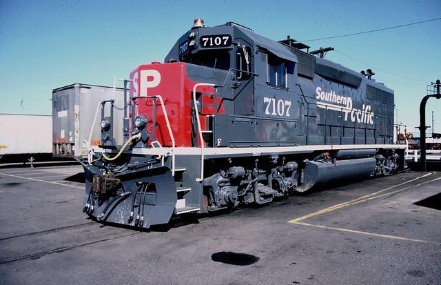 Southern Pacific GP-40M2 #7107, Brooklyn Yard, Portland Oregon, March 26 1991.
