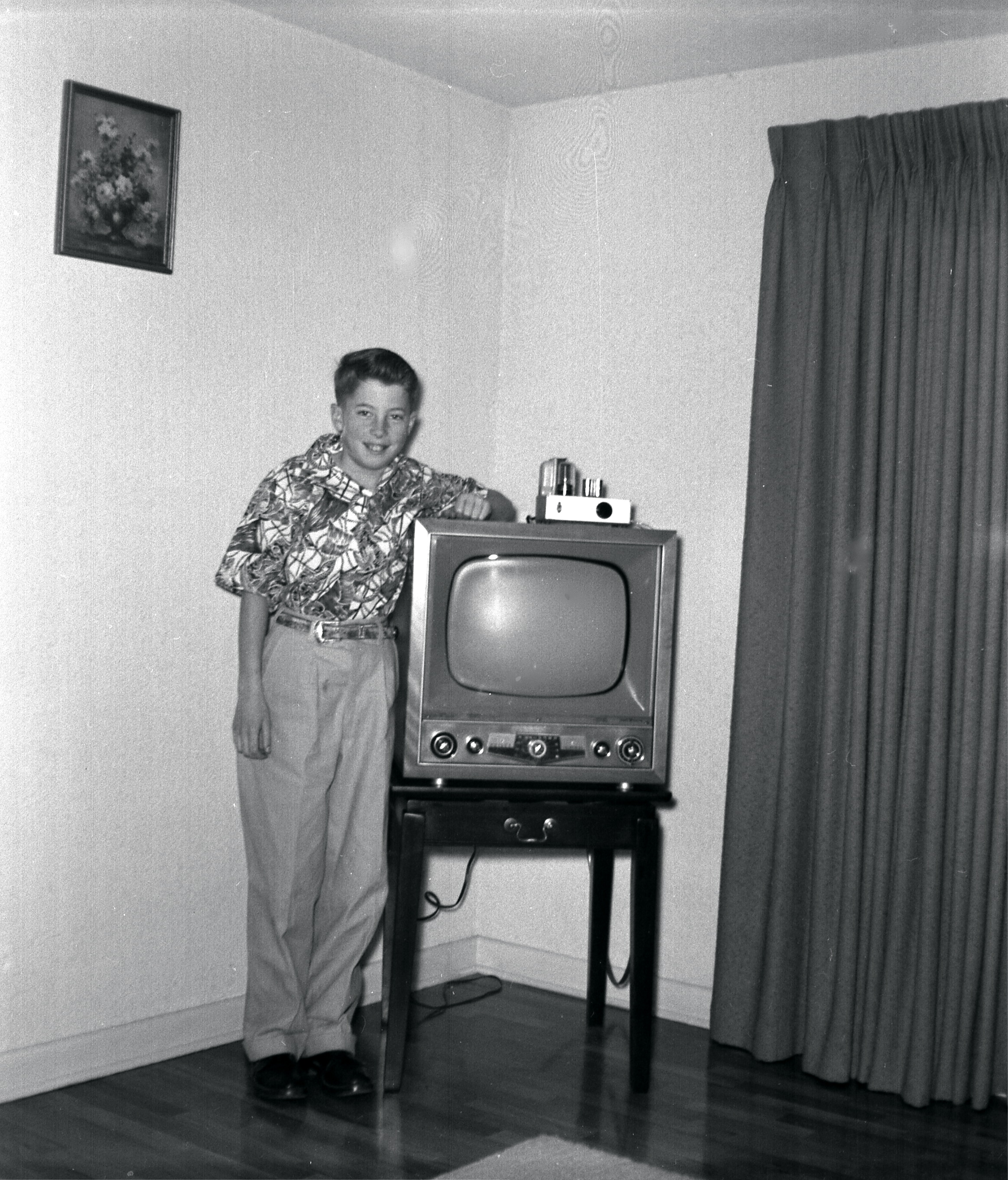 Early 1950s Television Set We Got The Set In Late 1952