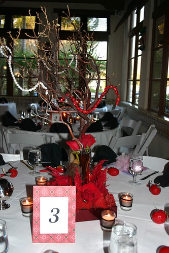 Red black and white centerpiece ideas advice