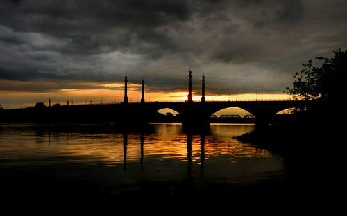 sunset reflections massachusetts springfield memorialbridge connecticutriver