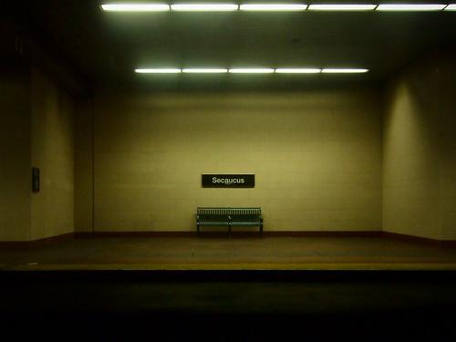 bench newjersey publictransportation nj trainstation secaucus njtransit hudsoncounty secaucusjunction rickspixtop50