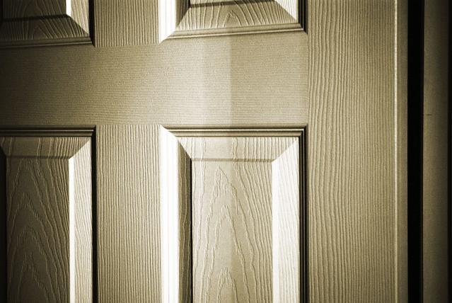 Home Depot - 3-Light Brushed-Steel Under-Cabinet Light Kit