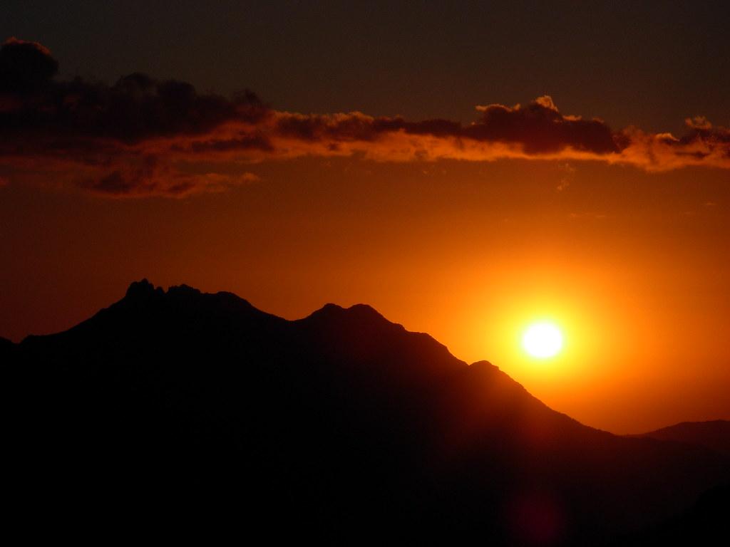 Atardecer en el cerro Las Bravas