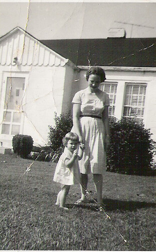mama-Laurie-1963 or so