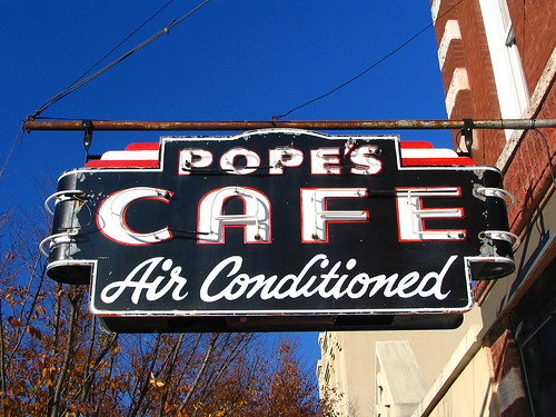 Pope's Cafe - Air Conditioned - Shelbyville, TN