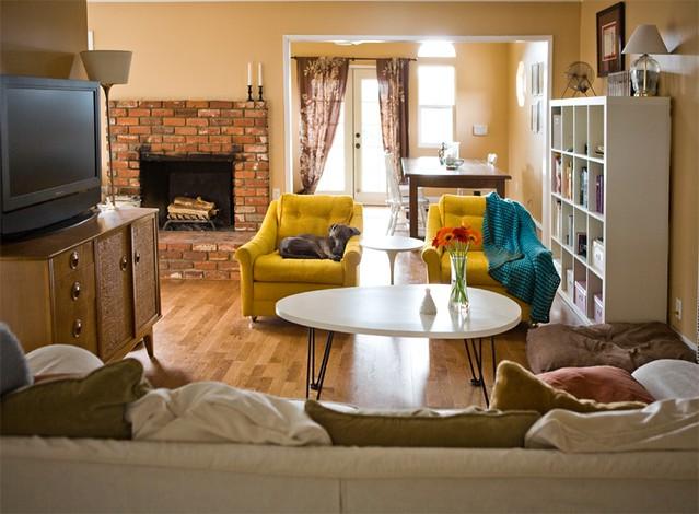 New living room arrangement flickr photo sharing for Tv room seating arrangements