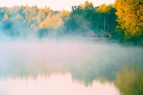 lake fog sunrise scene campkanuga
